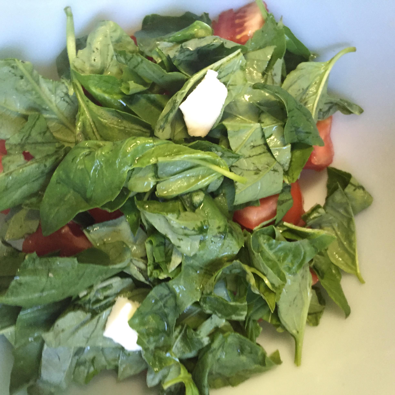 ... smoked mozzarella caprese salad smoked mozzarella caprese salad